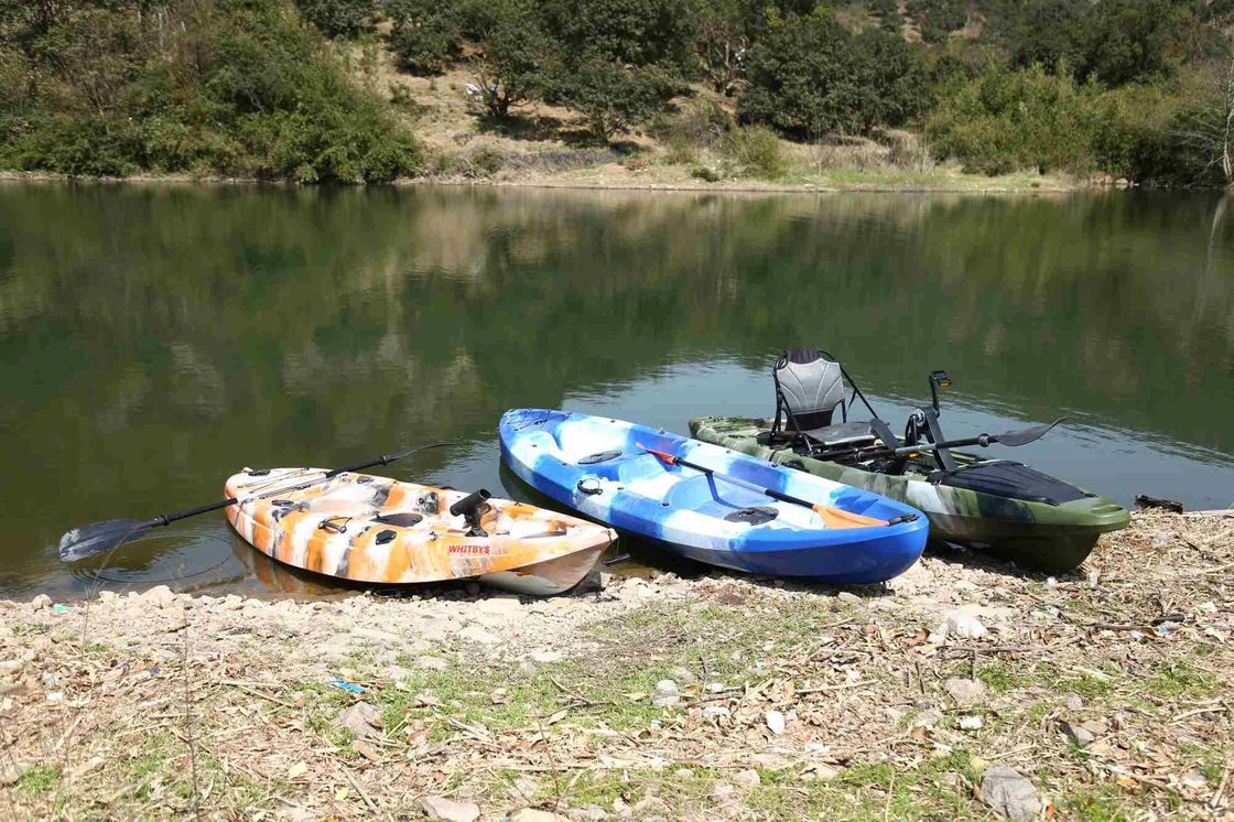 Family Sit On Top Touring Kayak UV Resistant Srtong Structure Robust Hull Material